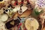אנהמיה - שולחן גבינות ועוגות
